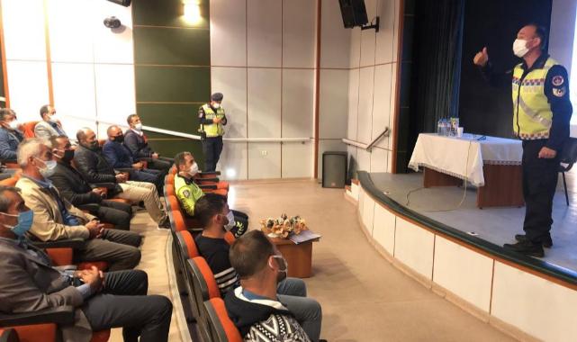 Ahlat'ta servis şoförlerine yönelik bilgilendirme semineri