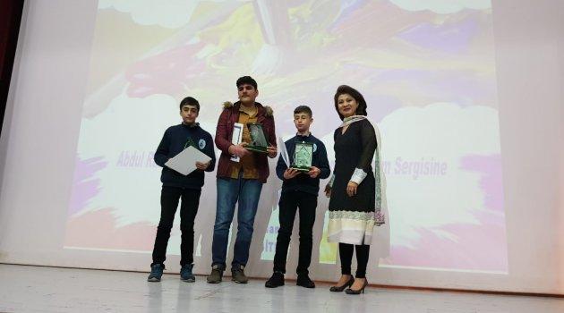 Ahlatlı öğrenci resim yarışmasında ikinci oldu