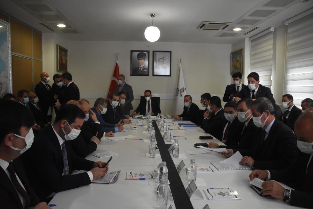 Gençlik ve Spor Bakanı Kasapoğlu Bitlis'te