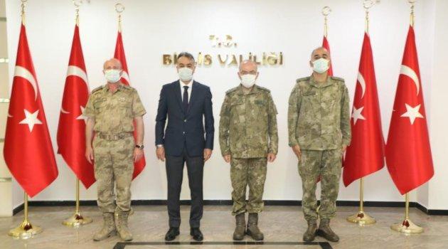 Vali Oktay Çağatay, 3. Ordu Komutanı Öngay'ı kabul etti