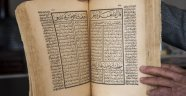 Ahlat'ta 579 yıllık kitap bulundu