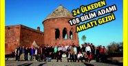 24 ÜLKEDEN 108 BİLİM ADAMI AHLAT'I GEZDİ