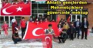Ahlatlı gençlerden Mehmetçiklere güvercinle mektup