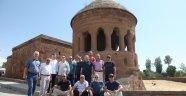 Avrasya bir vakfı ve Asam'dan Ahlat ziyareti