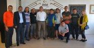 İranlı paraşütçü grubu Ahlat semalarında uçacak