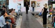Tatvanlı öğrencilerin ünlü ressamların ikonik tabloları Vanda sergilendi