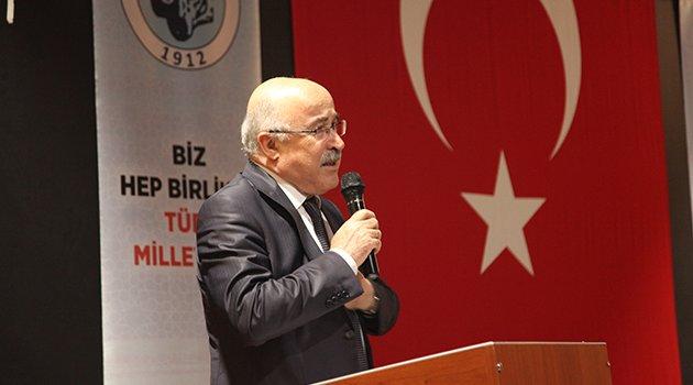 Türk Ocakları Başkanı Doç.Dr. Mehmet Öz Ahlat'ta Konferans verdi